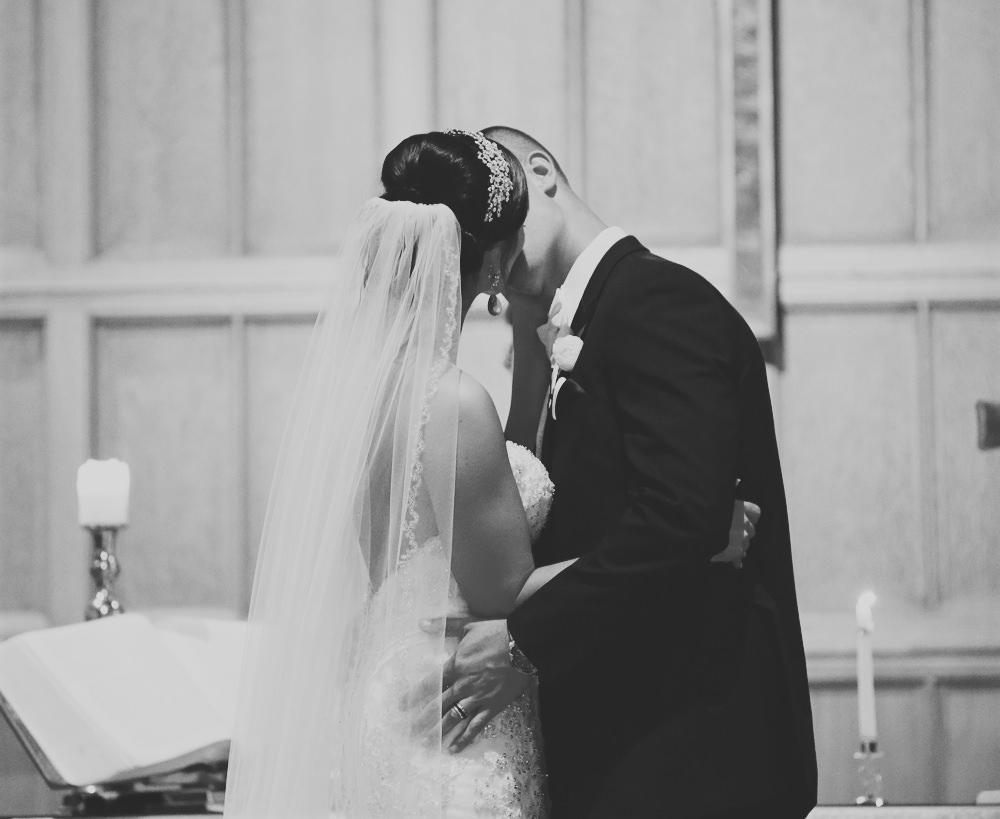 columbus-ohio-wedding-photographer-red-gallery-photo-1403