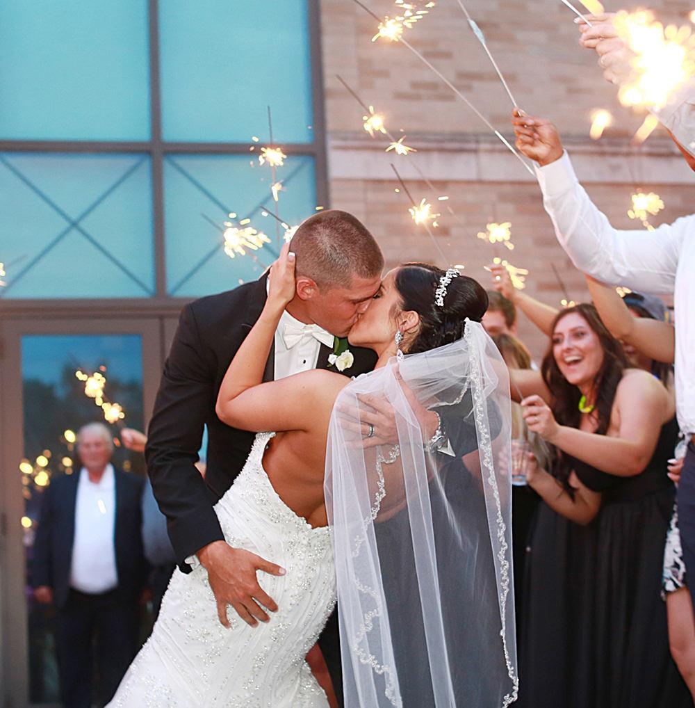 columbus-ohio-wedding-photographer-red-gallery-photo-1444