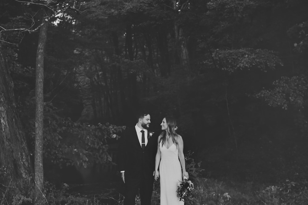 columbus-ohio-wedding-photographer-red-gallery-photography-rockmill-brewery 30