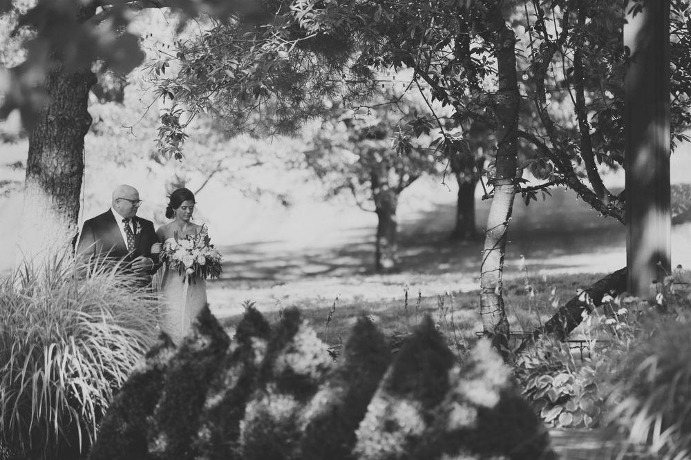 columbus-ohio-wedding-photographer-darby-house 26