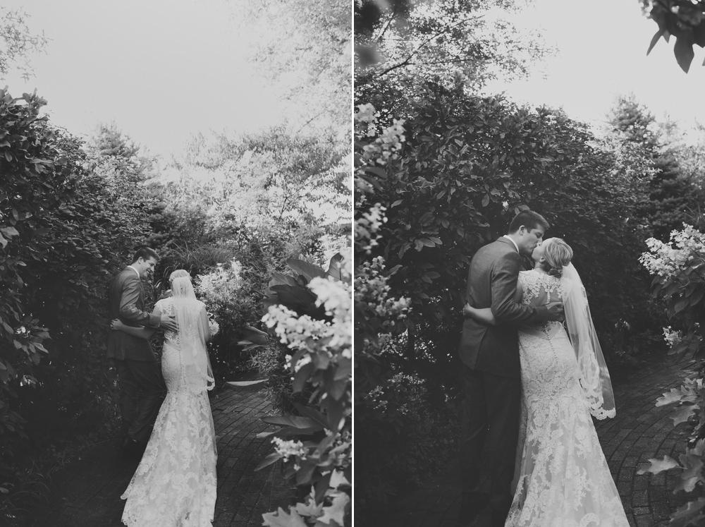 columbus-ohio-wedding-photographer-taylor-mansion-red-gallery-photo 38